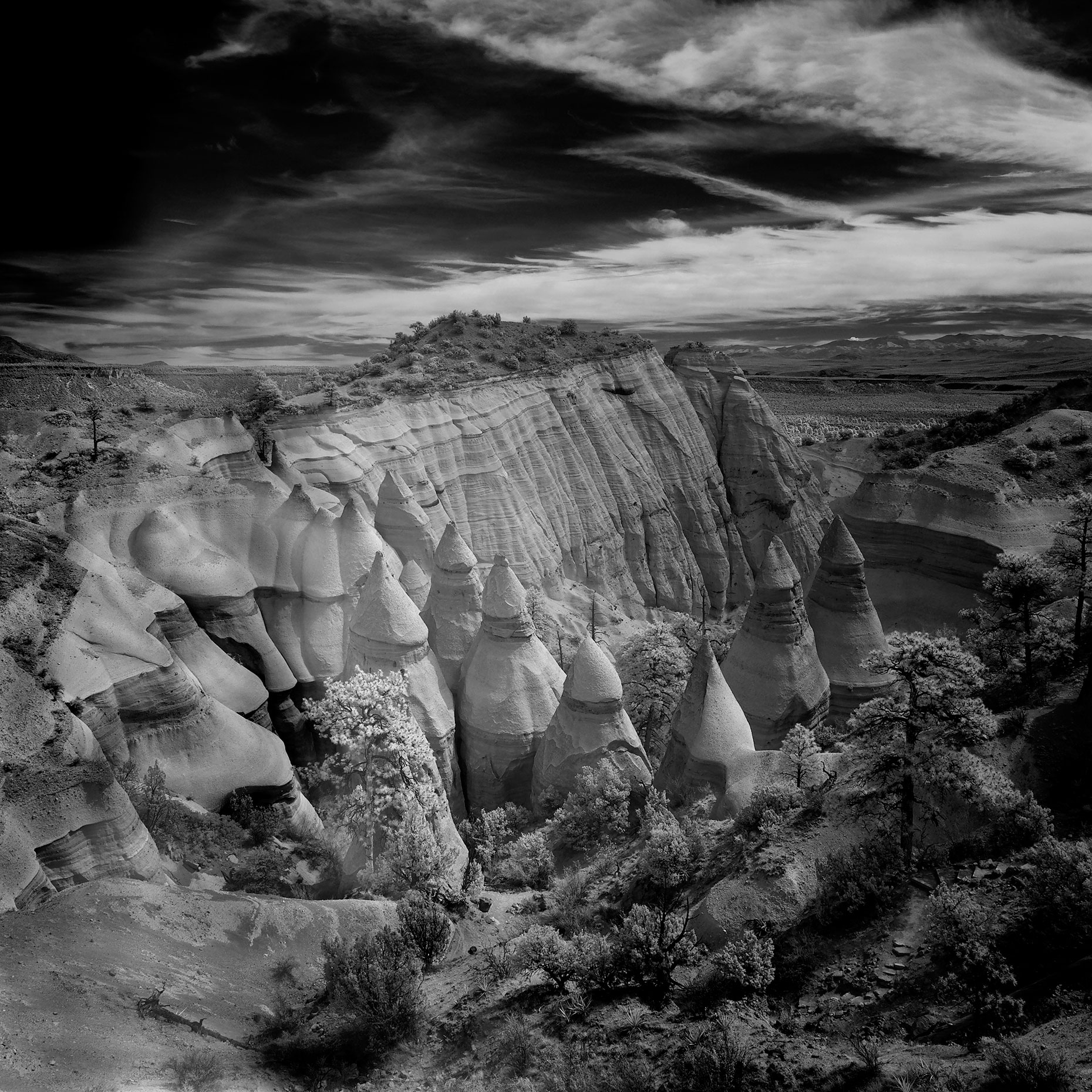 Tent-Rocks---IR-High-View